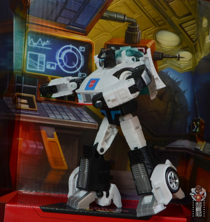 transformers studio series 86 jazz figure review - on background