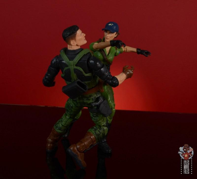 gi joe classified series lady jaye figure review -gi joe #67 homage punching flint