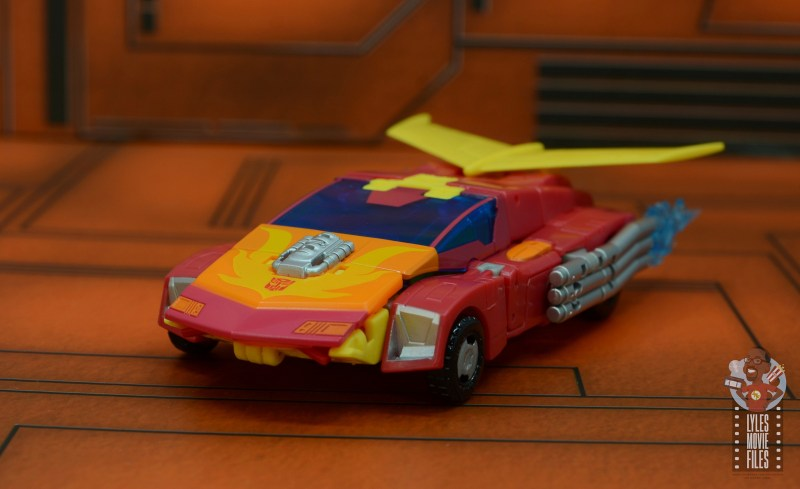 transformers studio series 86 hot rod review - vehicle front left