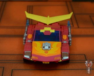 transformers studio series 86 hot rod review - vehicle front