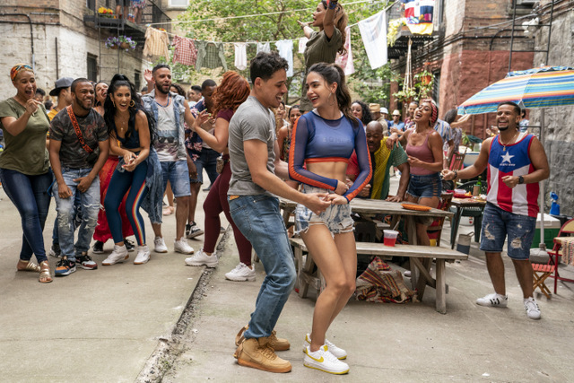in the heights review -usnavi and vanessa at the blackout party