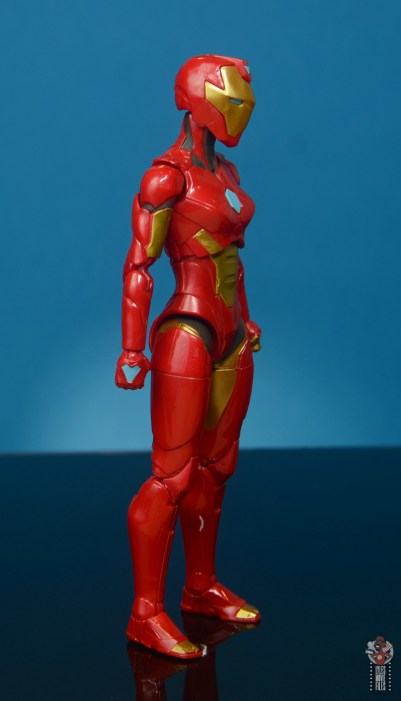 marvel legends ironheart review - right side