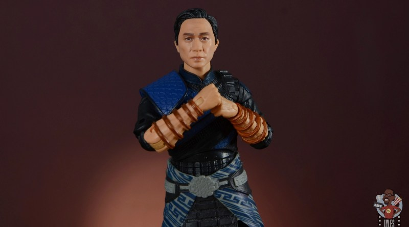 marvel legends wenwu review - main pic