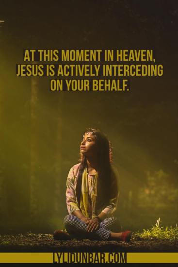 Jesus is Your Defender   lylidunbar.com