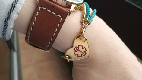 lymphie-life-sticky-j-medical-id-with-watch-symbol-detail