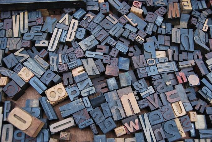 multitude d'étampes de lettre