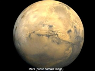 public domain image of Mars from space, special features for my readers, Going to Mars book reviews, lynettemburrows.com