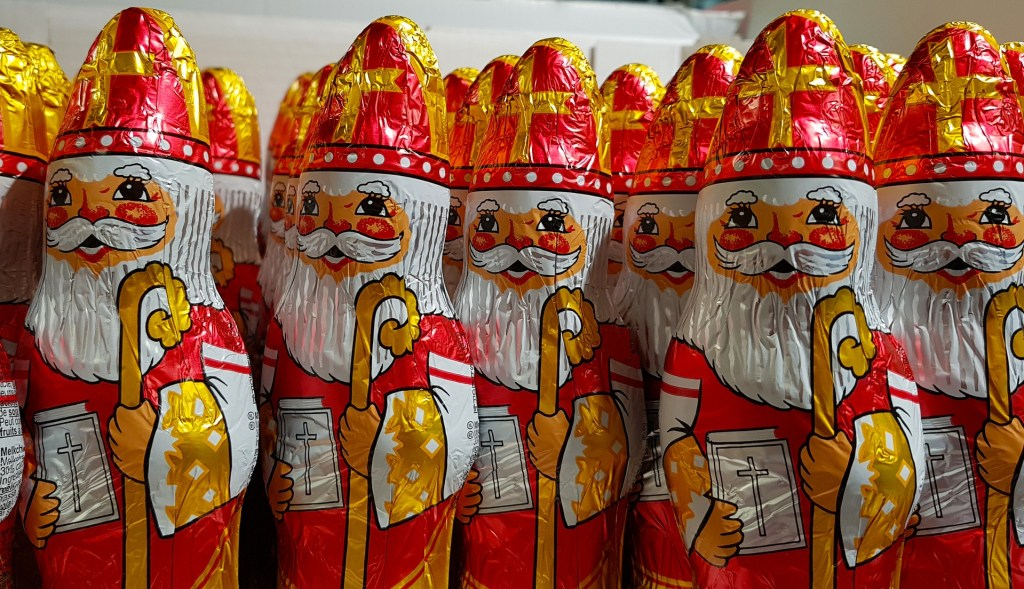 celebrating and remembering in December, St Nicholas Day, lynettemburrows.com