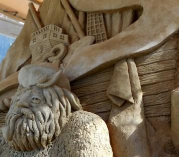 DSCN2811 sand sculpture