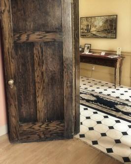 interior still life door