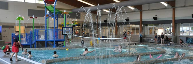 Lynnwood recreation center and pool win a parentmap golden teddy award lynnwood today for Community center toronto swimming pool