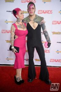 avn wrap-up, jessie lee and wolf hudson on the AVN red carpet, lynsey g, photo by AVN