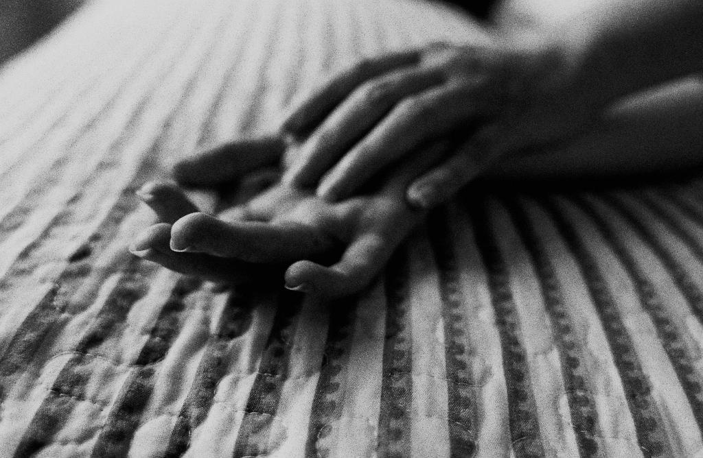 hands chronic illness lynsey g
