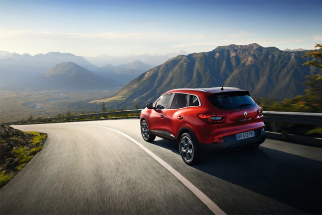 the-renault-kadjar-crossover-car-to-be-unveiled-at-2015-geneva-motor-show-launch-1