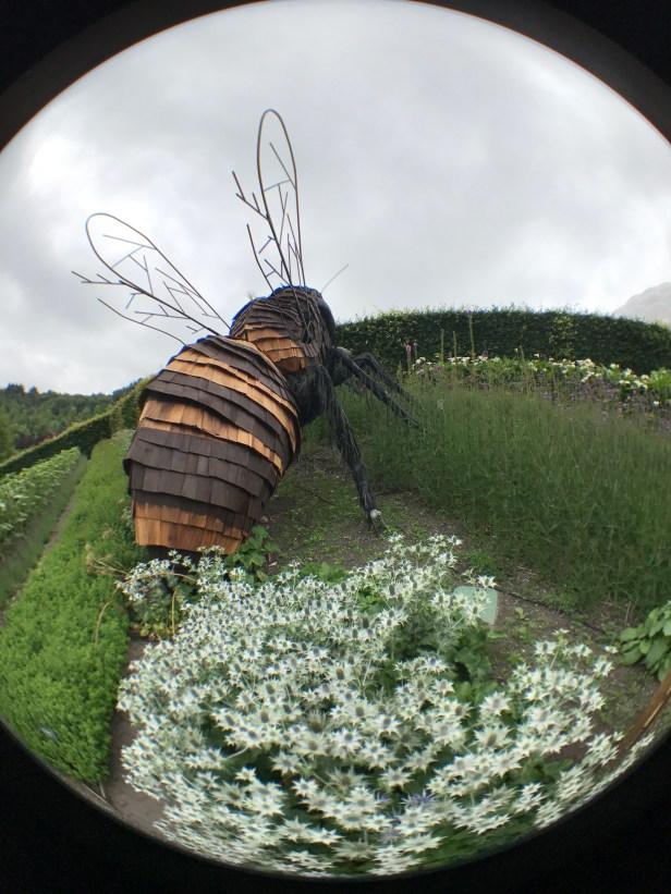 Big busy bees in Britannia