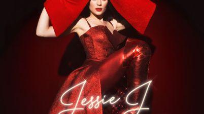 Jessie J - Santa Claus Is Comin' to Town Lyrics