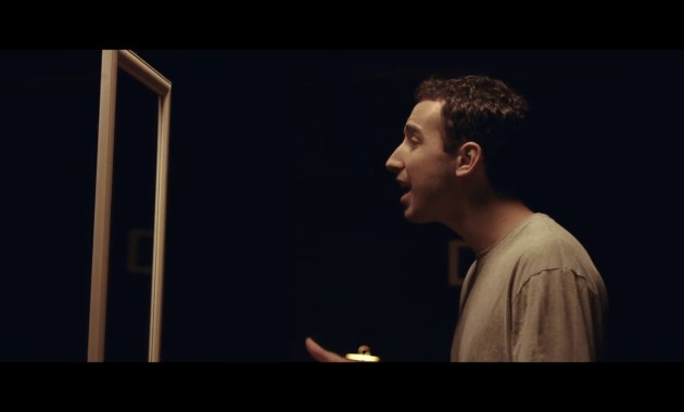 Ollie - Broken Down Lyrics