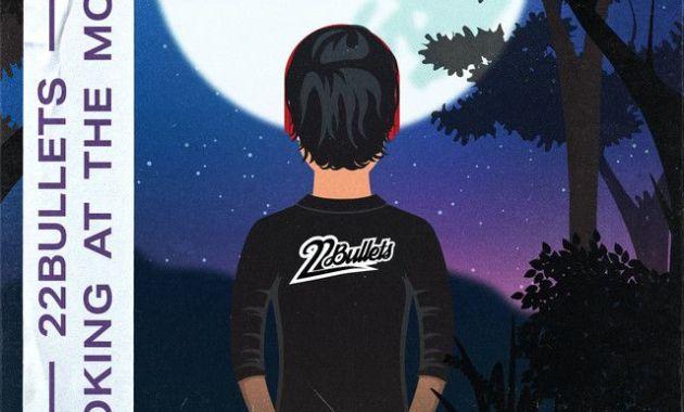 22Bullets – Looking At The Moon Lyrics