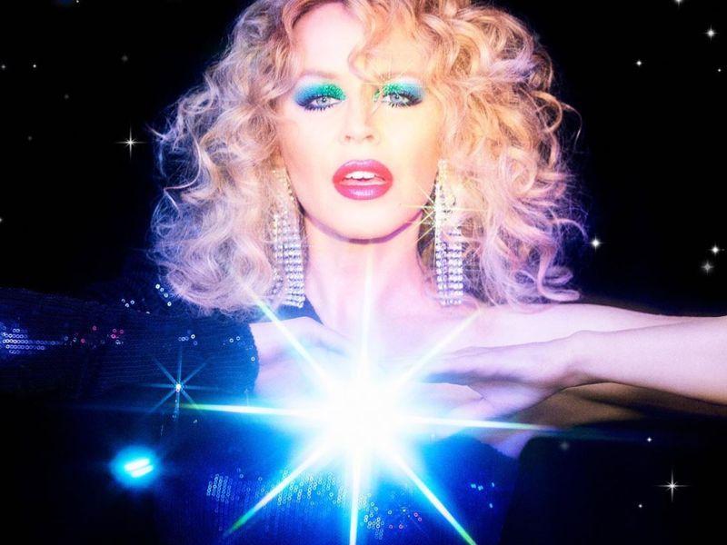 Kylie Minogue - Dance Floor Darling Lyrics