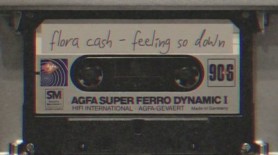 Flora Cash - Feeling So Down Lyrics