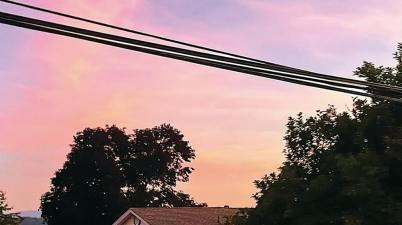Powfu & KNOWN. - soda stream sky Lyrics