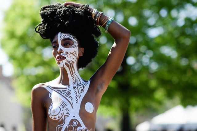 6 Cool Festival Makeup And Hair Looks Lysa Africa Magazine Body Paint Afropunk