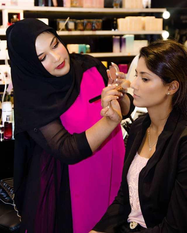 The Nairobi Makeup Artist Aaisha x Madora Eid Makeup Masterclass Madora Kenya Lysa Africa Magazine