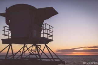 la jolla sunset lifeguard tower ocean