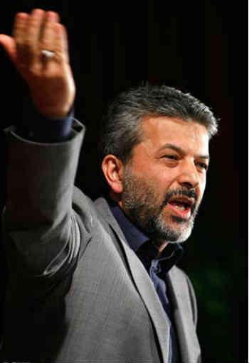 https://i1.wp.com/m-01.fozoolemahaleh.com/2013/01/Kamran-Daneshjoo-Irans-science-Minister-had-sex-with-Azade-Ardakani-in-Elavator-Tehran-Iran-2013.jpg