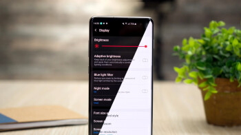 Does dark mode really result in better phone battery life? Yes, in this scenario... 2