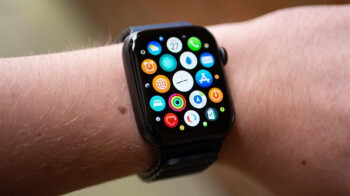 Apple lists three things you can do to avoid painful welts on your wrist from the Apple Watch 2