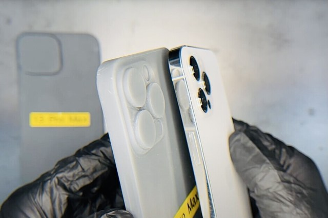 The rumored size of the iPhone 13 Pro Max camera bump. Would you like a thicker iPhone which doesn't have a camera bump? - The lost iPhone features we want back on the iPhone 13 & 14