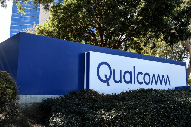 Qualcomm provided the smartphone form factor device sporting the Snapdragon X65 5G modem chip - Verizon, Samsung, and Qualcomm achieve record 5G mmWave upload speed
