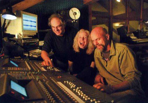Dana, Kazzrie & John | Photo by David Duke