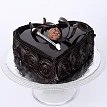 Best thing about chocolate cake is that they can be molded into any particular popular theme. Buy Send Special Floral Chocolate Cake Half Kg Online Ferns N Petals
