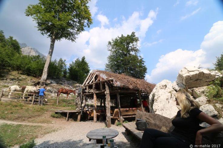 "Bar ""Simoni"", Valbona, Albanien"