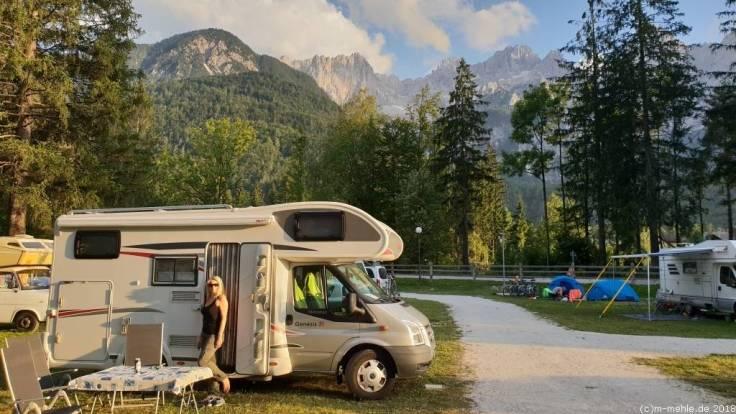 Blick über den Campingplatz Špikbei Kranjska Gora, Slowenien