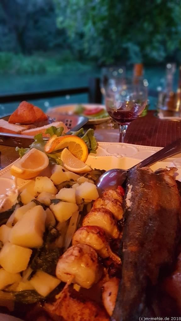 Fischplatte, Buna, Restoran Most, Bosnien - Herzegowina