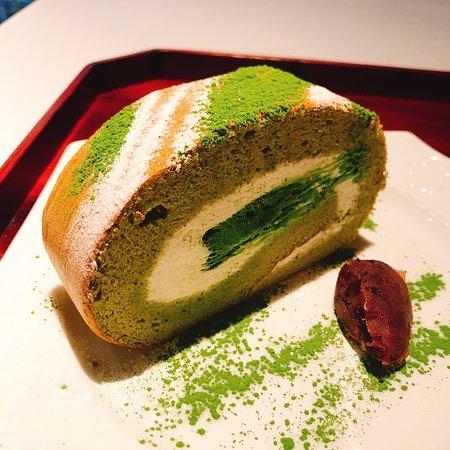丸久小山園 抹茶ロールケーキは通販不可!店舗・値段・口コミを紹介!