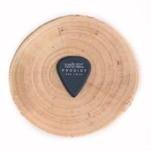 Kostka gitarowa Ernie Ball Prodigy 1,5 mm STD