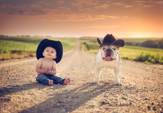 kids-with-dogs-102_700.jpg