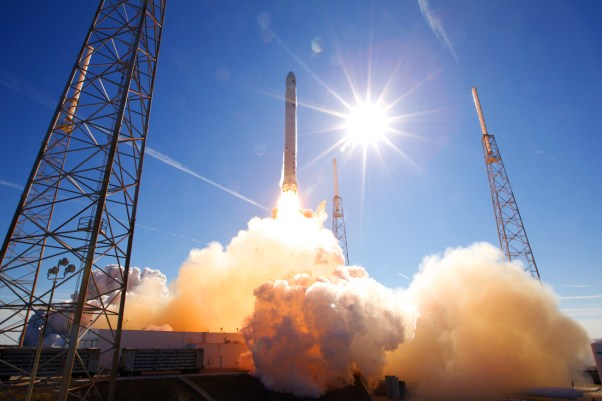 falcon9-flight-2-01-l.jpg