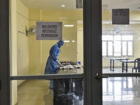 Coronavirus cases in India: Coronavirus cases cross 600, 1st death ...