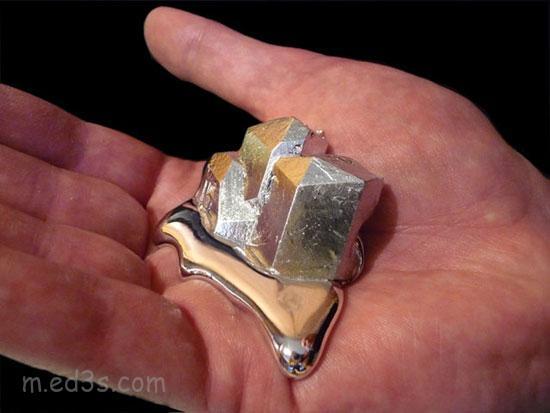 Gallium الغاليوم معدن يذوب في يدك