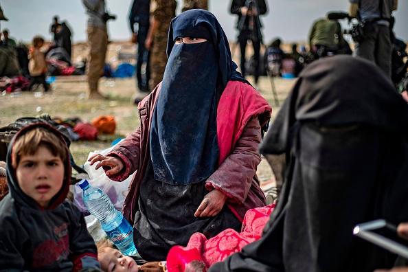 Retour des djihadistes: des artistes et des hommes politiques lancent une pétition pour rapatrier les enfants des islamistes