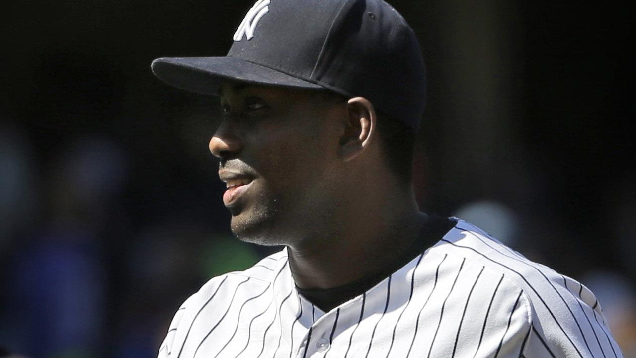 Yankees cambian a José Pirela a Padres por Ronald Herrera