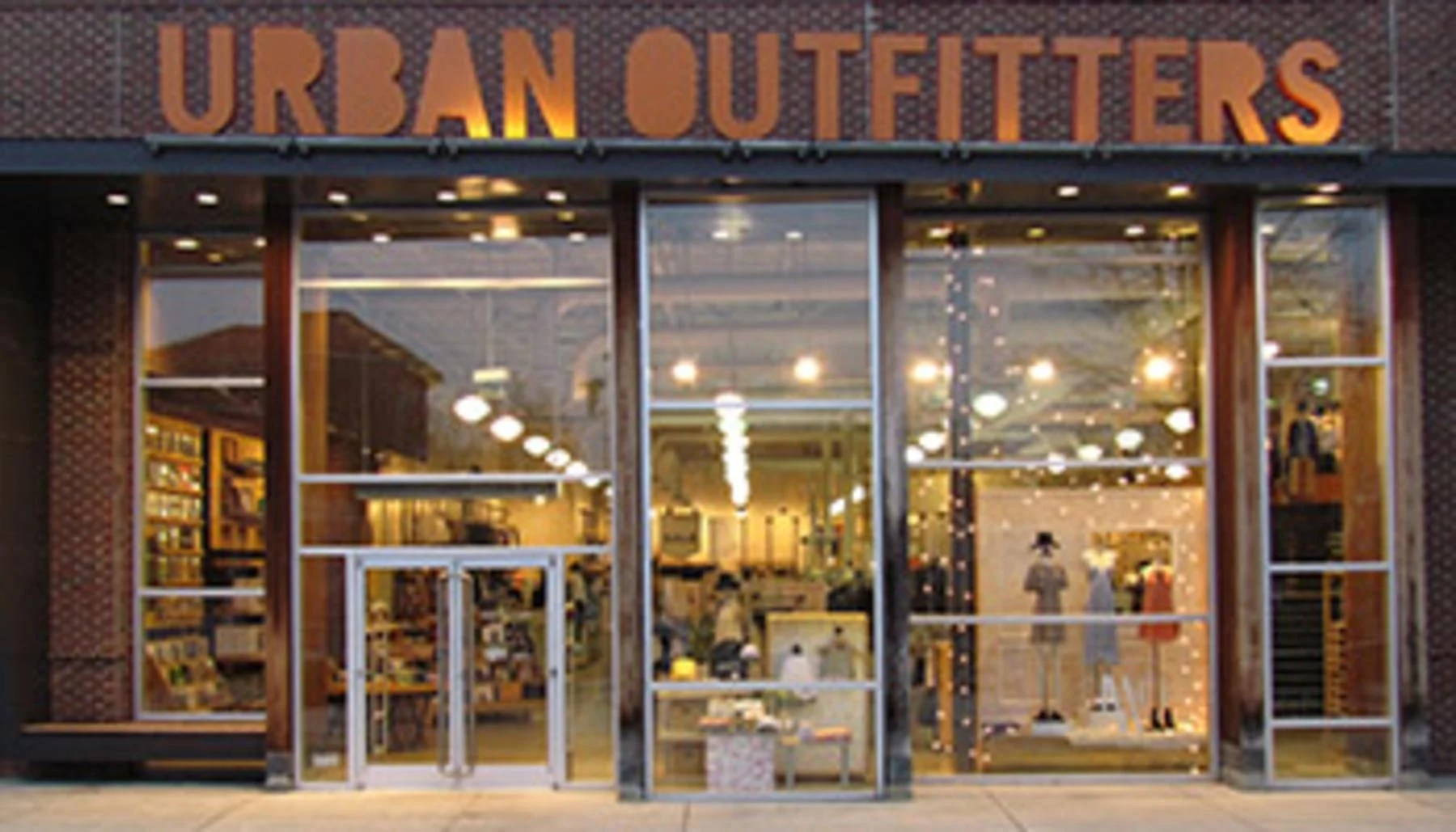 These 15 Retailers Are Opening Stores