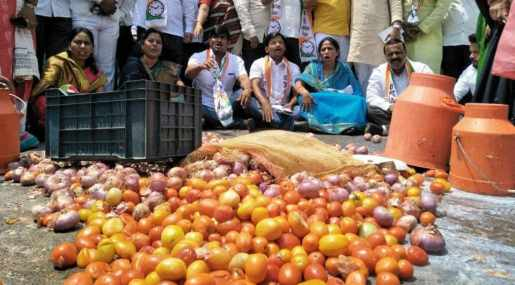 Vegetable prices soar as farmers' protest enters second day - india news -  Hindustan Times