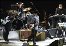 Bob Dylan durante apresentação no Via Funchal, SP (05/03/2008)
