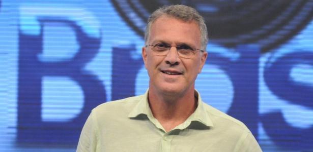 https://i1.wp.com/m.i.uol.com.br/celebridades/2010/03/26/o-apresentador-pedro-bial-no-cenario-do-big-brother-brasil-12010-1269624243540_615x300.jpg